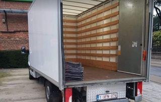 intérieur camion de déménagement