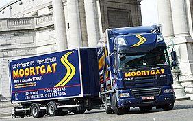 camion devant le cinquantenaire
