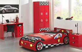 chambre enfant voiture rouge cars