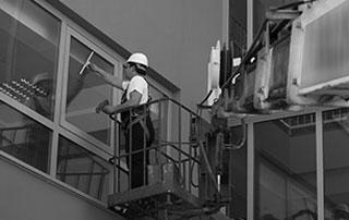 nettoyages fenêtres en hauteur