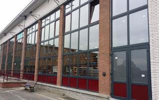 immeuble avec nouvelles fenêtres