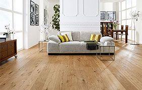 salon avec plancher semi-massif