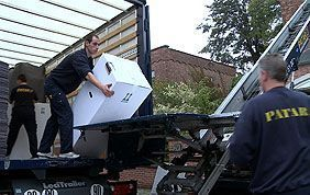déménageurs avec lift et caisse