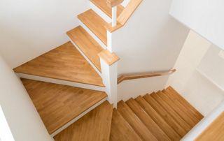Escalier intérieur tournant