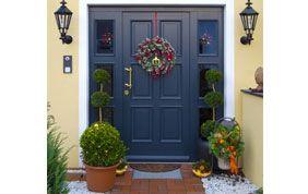 porte extérieure bleue