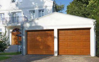 Portes de garage bois