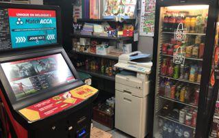 photocopieuse, frigo à boissons et paris sportifs