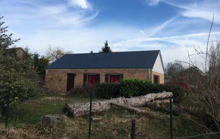 maison avec une nouvelle toiture