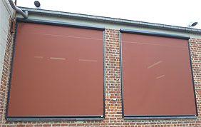 screens stores extérieurs