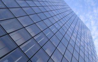 immeuble de bureaux vitré