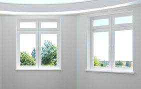 mur arrondi et fenêtre blanche