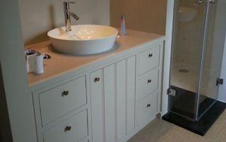 Meuble de salle de bain et lavabo