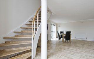 Scabel Bois escalier sur mesure moderne