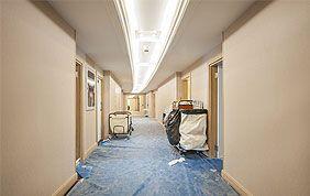 couloir après travaux de rénovation