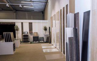 Showroom Signé Victor avec planches parquet