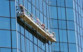 nettoyage de vitres immeubles sur nacelle