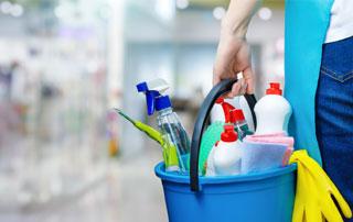 services de nettoyage et entretien