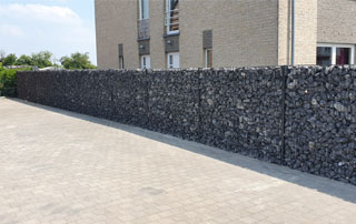 pavage et construction de clôture à gabions