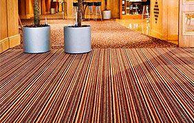 tapis de sol à rayures