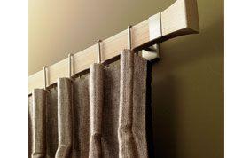 barre de rideaux en bois
