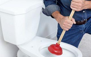 débouchage WC avec ventouse