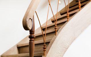 escalier traditionnel en bois