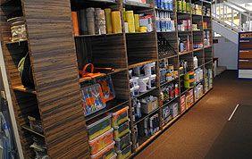 étagère présentoir pour magasin