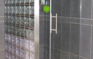 paroi de douche vitrée