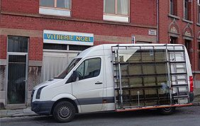 camionnette pour transport des vitres