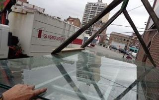 Installation de vitrage en hauteur