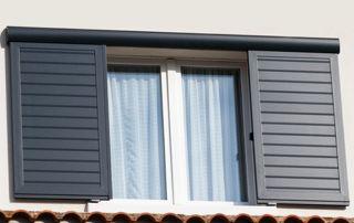 Volets battant fenêtres