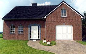 maisons avec menuiseries extérieures pvc blanc