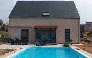 18083208790ff4 ... maison en brique avec piscine ...