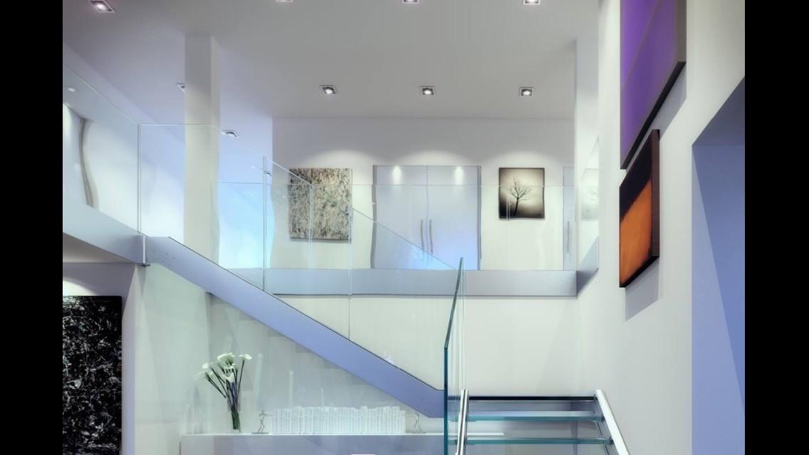 Escalier moderne en verre