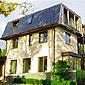 belle maison avec toiture ardoises