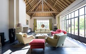 Salons : tapis, fauteuils et canapés