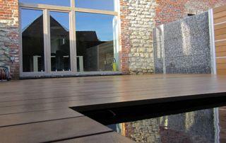 création de terrasse en bois et pièce d'eau