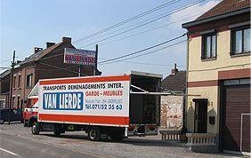 TRANSPORTS VAN LIERDE : déménagements dans le Hainaut