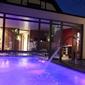 piscine wellness extérieure