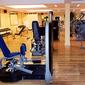 appareils muscu dans une salle de fitness