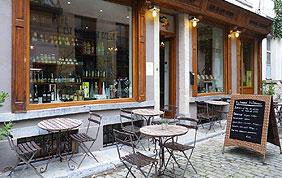 terrasse du restaurant c'est bon c'est belge