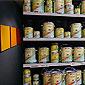 pots de peintures en rayon