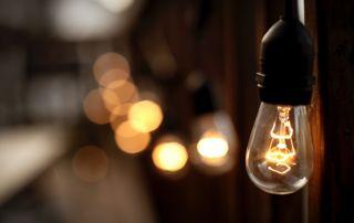 ampoule-lumière-énergie