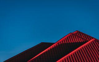 photo d'un toit rouge