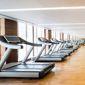 Tapis de course dans une salle de fitness