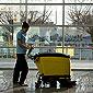 professionnel du nettoyage de bureaux