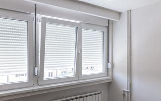 Qu\'est-ce qu\'une fenêtre oscillobattante ?
