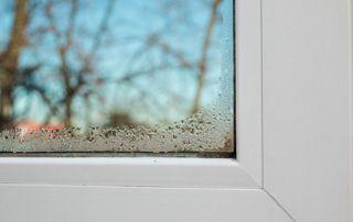 Condensation sur vitre fenêtre