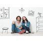 Femme et homme assis devant des dessins de meubles