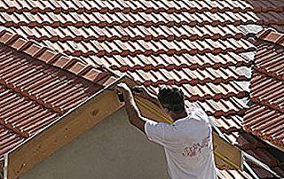 couvreur toit incliné en tuiles